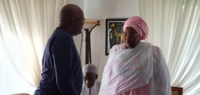 Présentation de condoléances : Le président Burkinabé Roch Kaboré chez Ousmane Tanor Dieng