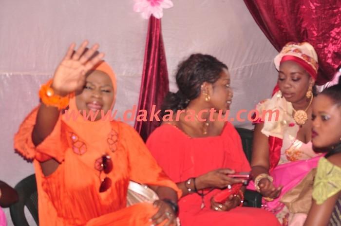 Ndéye Astou Guèye présente au mariage de Ndéye Awa Lo...