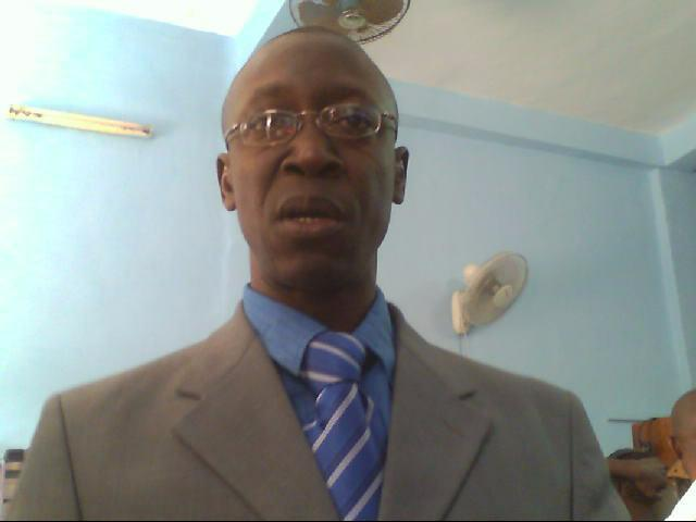 Les intérêts partisans d'un nonagénaire grabataire ne doivent pas mettre le Sénégal en péril