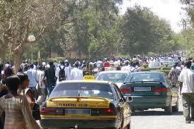 Dakar en mode piéton à cause de la grève des transporteurs