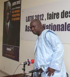 Après son retrait de la présidentielle, Latif Coulibaly va se retrouver chez Moustapha Niasse