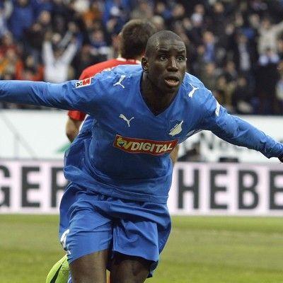 Victoire de Newcastle contre Manchester : Demba Bâ marque son 15e but