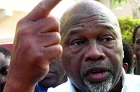 Amath Dansokho boulversé par l'hommage qui lui a été rendu par Latif Coulibaly.