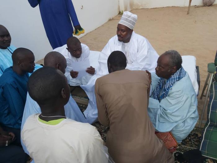 (IMAGES) TABASKI À TOUBA - Serigne Sidi Diène offre un mouton à Cheikh Bass Abdou Khadr Mbacké