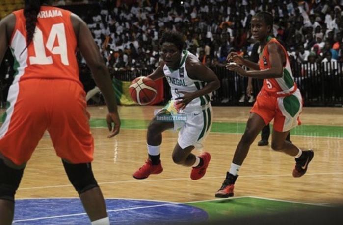"""Afrobasket féminin / Sénégal - Côte d'Ivoire : les """"Lionnes"""" rejoignent les vestiaires avec un écart de 15 points (37-22)"""