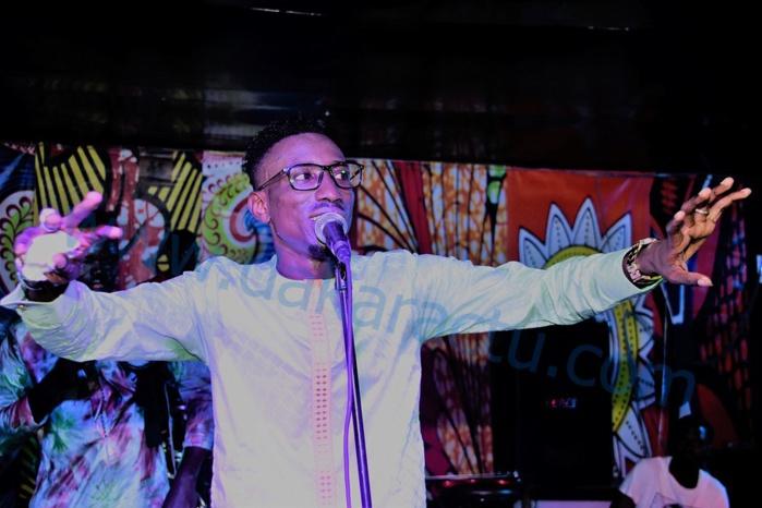 Avec la sortie de son nouveau clip Wouyouma, Elaj Keïta fait le plein au Saraba
