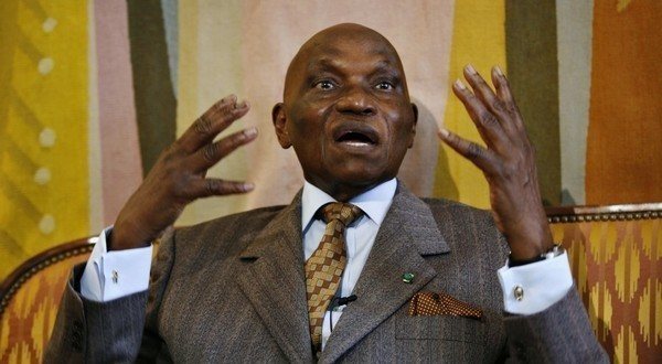 Présidentielle 2012: Entre mise en garde et défiance de Wade à l'opposition