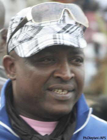 Demba Dia porte plainte contre Macky Sall
