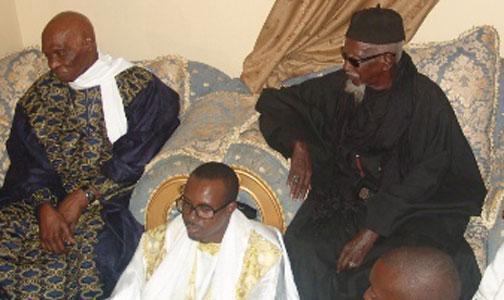 Me Abdoulaye Wade:  «Je ne puis traiter Touba au même titre que les autres cités religieuses ».