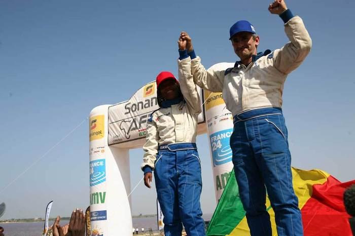 Sandra Bocandé et Pierrick Legendre, 1ére équipe sénégalaise de l'Africa Eco Race
