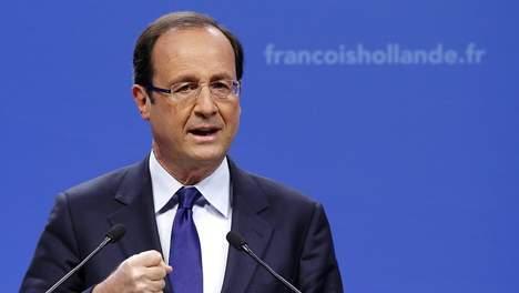 """François Hollande : """"La bataille de Nicolas Sarkozy pour garder la note AAA à la dette de la France """"a été perdue"""""""