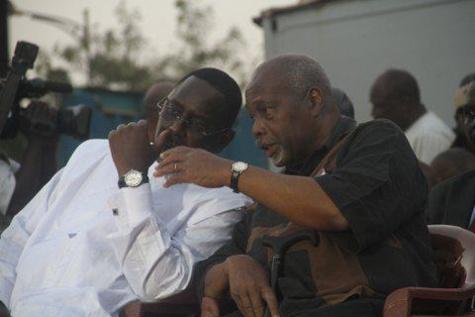 Décès de Amath Dansokho : Le président Macky Sall s'incline devant la mémoire d'un allié hors pair, un serviteur de la république et de la Nation.