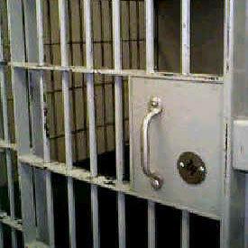 Des juges disent niet à la décision de sortir les femmes de prison