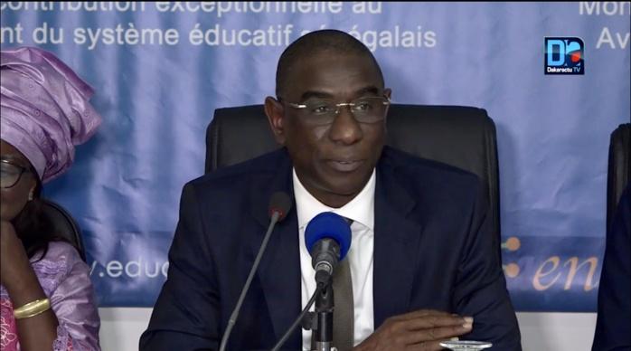 «OUBI TEY JANG TEY » : Mamadou Talla tend la main aux enseignants