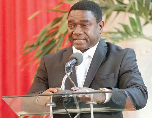 MADEMBA SOCK SUR LE DIALOGUE NATIONAL  : «Il ne suffit pas d'appuyer sur un bouton pour avoir un dialogue national. Que l'on nomme un Président du dialogue ne suffit pas.»