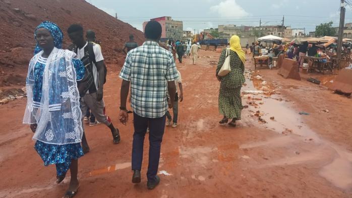Travaux du TER :   Fass-Mbao, Route de Boune, Keur Massar, Yeumbeul... rament sur les rails de la souffrance (Reportage)