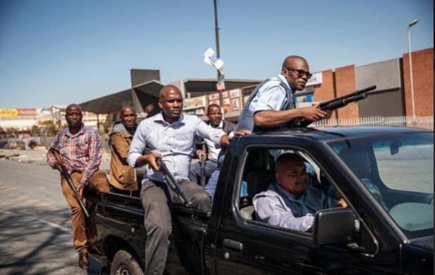 Afrique du Sud : Tollé d'indignation et boycott après les violences xénophobes