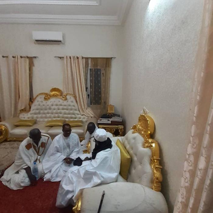 Touba : Madické Niang reçu par le Khalife général des Mourides...