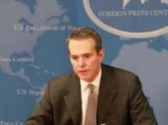 William Fitzgerald, sous-secrétaire d'Etat américain aux Affaires africaines, invite Wade à prendre sa retraite