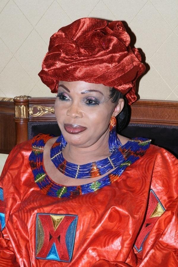 """Diouma Dieng Diakhaté dépose sa candidature pour 2012 et déclare : """"Je suis la candidate des chômeurs..."""""""