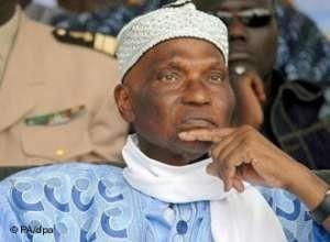 Amadou Niang, premier ambassadeur du Sénégal à Londres sur la candidature de Wade: «Un défi à la nature et un danger pour le pays»