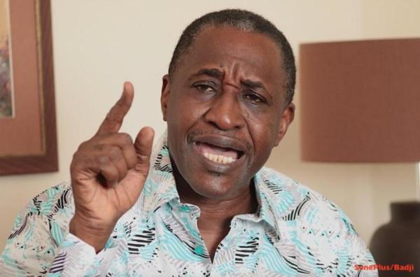 Rebeuss / Adama Gaye en grève de la faim ? : L'administration pénitentiaire informe que le journaliste «s'alimente correctement et se porte bien» (Document)