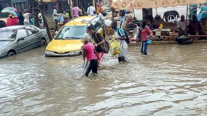 Débat sur les inondations à Rufisque : Le TER, un projet impertinent qui noie le budget et les Rufisquois (par Pape A. Dabo)