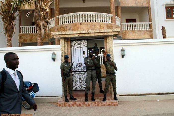 Sécurité renforcée au siège du Conseil constitutionnel à quelques heures du délibéré des cinq sages