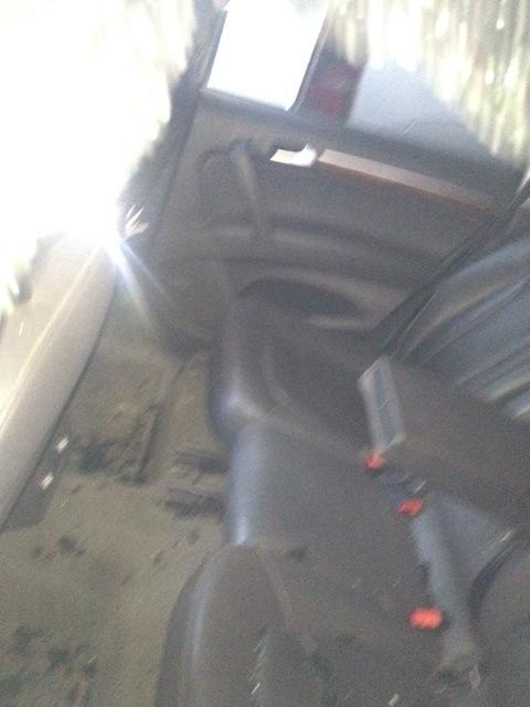 Exclusif: Les véhicules d'Ousmane Tanor Dieng saccagés, en images.