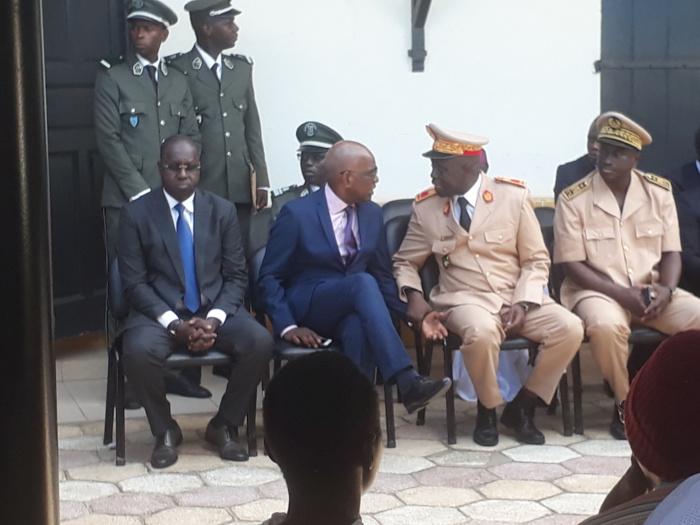 Drame Îlot Sarpan : Le ministre de l'environnement chez les familles des victimes à Ouagou Niayes et Ouakam