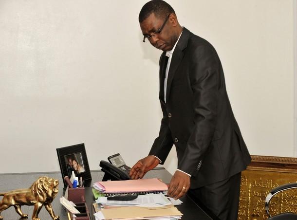 Recalé une deuxième fois, Youssou Ndour menace.