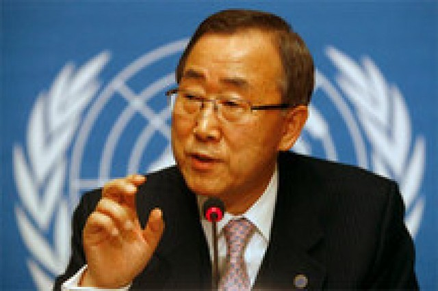 Ban Ki-moon demande à Abdoulaye Wade d'écouter son peuple