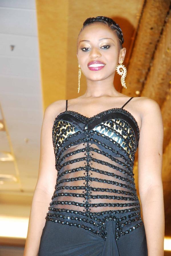 Miss Sénégal sublime en robe de soirée