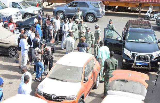 «Il est arrivé qu'on fasse des saisies de drogue sur les véhicules des fonctionnaires» (lieutenant Ndeye Fatou Ndiaye)