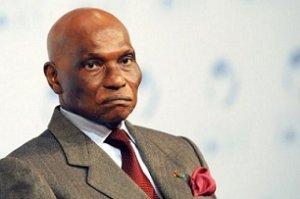 Le khalife de Léona-Niassène a-t-il demandé à Abdoulaye Wade de quitter le pouvoir ?