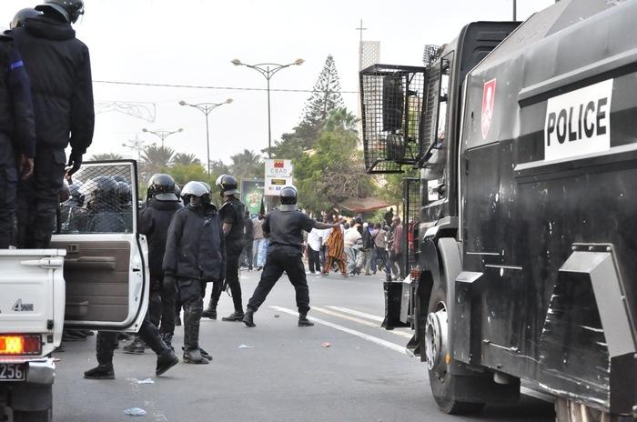 Regardez le camion fou qui fonce sur la foule [Photo et Vidéo]