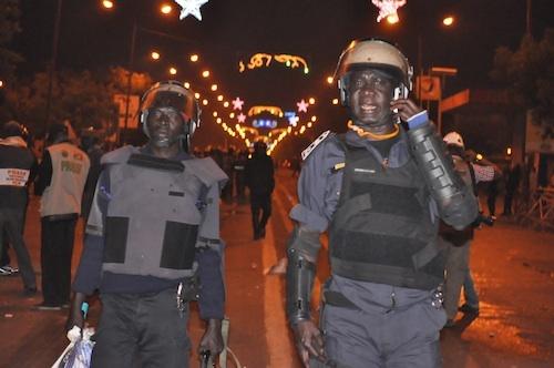 Manifestations: le commissaire Arona Sy et le colonel Ousmane Sy blessés.