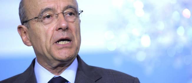 Alain Juppé, le chef de la diplomatie française, souhaite ouvertement le départ de Wade