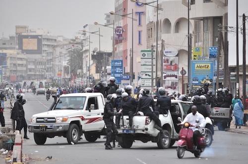 Mort de Mamadou Diop : la police confine les étudiants au campus