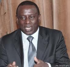 """Cheikh Tidiane Gadio appelle à une intensification du combat contre Wade et son clan """"coupables de crimes graves contre notre peuple"""""""
