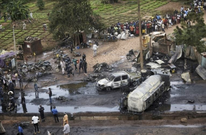 Mali : L'incendie d'un camion-citerne fait sept morts et 40 blessés.