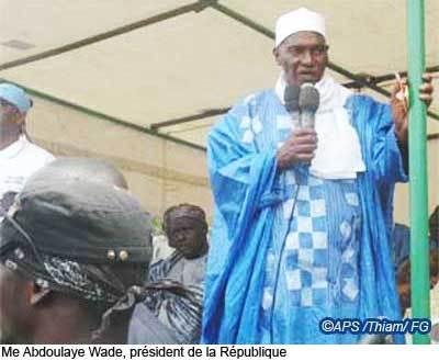 """""""Je ne ferai pas moins que Abdou Diouf"""", assure le président Wade"""