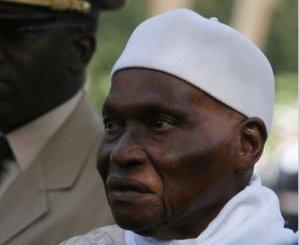 """Abdoulaye Wade : """"Le Sénégal est devenu une référence en matière de qualité de la route"""""""