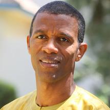 Le maire de Dakar-Plateau fustige le silence sur l'affaire Dias d'Abdoulaye Baldé et demande la dissolution de l'Association des maires du Sénégal.