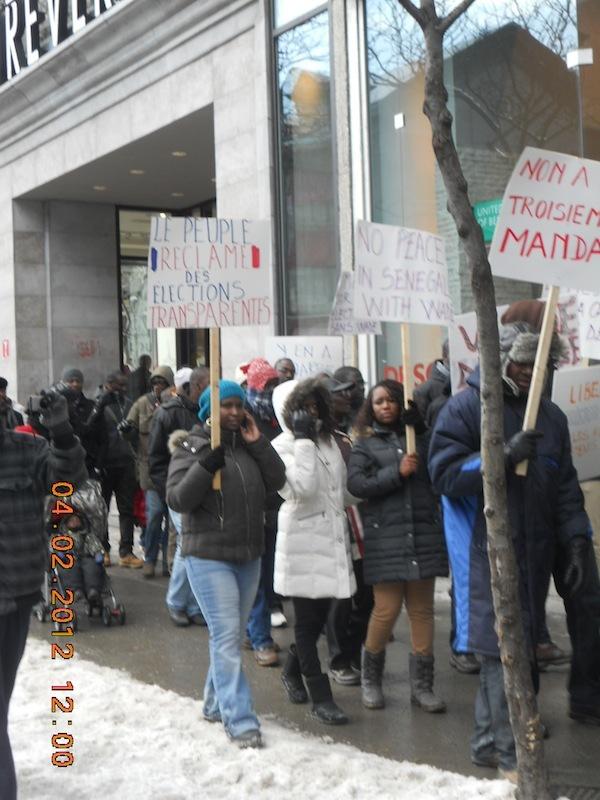 Revivez en images la marche des Sénégalais du Canada à Montréal le 04 février 2012