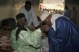 Dernière minute: Abdoulaye Wade va recueillir les bénédictions du khalife des mourides avant de se rendre au meeting