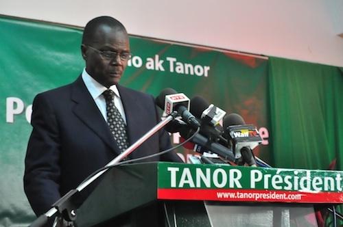 La composition du directoire de Bennoo ak Tanor répond à ''une exigence d'ouverture'' (Ousmane Tanor Dieng)