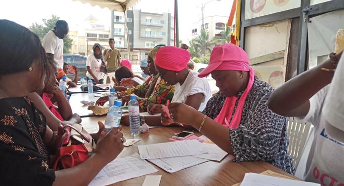 Octobre rose : 800 femmes  consultées gratuitement devant le siège de la LISCA.