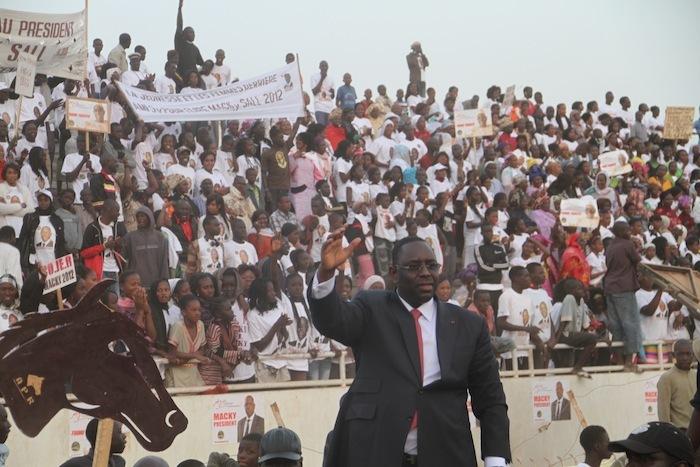 Macky Sall fait foule à Guédiawaye