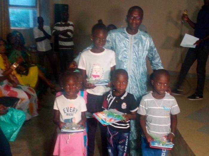 Saint-Louis / Appuis aux familles démunies : Des kits scolaires distribués à des centaines d'élèves.